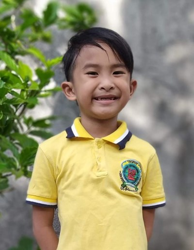 Help Prince Yuan L. by becoming a child sponsor. Sponsoring a child is a rewarding and heartwarming experience.