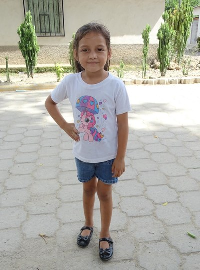 Help Carolina Esperanza by becoming a child sponsor. Sponsoring a child is a rewarding and heartwarming experience.