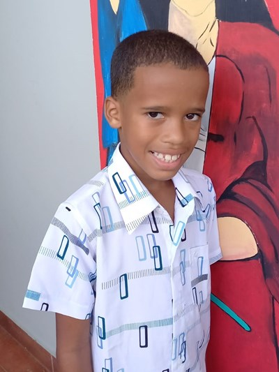 Help Joneudy by becoming a child sponsor. Sponsoring a child is a rewarding and heartwarming experience.