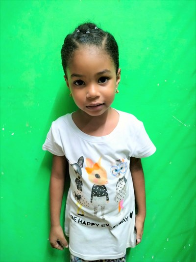 Help Ana Lucia by becoming a child sponsor. Sponsoring a child is a rewarding and heartwarming experience.