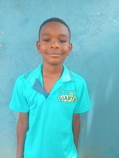 Help Jhon Eder by becoming a child sponsor. Sponsoring a child is a rewarding and heartwarming experience.