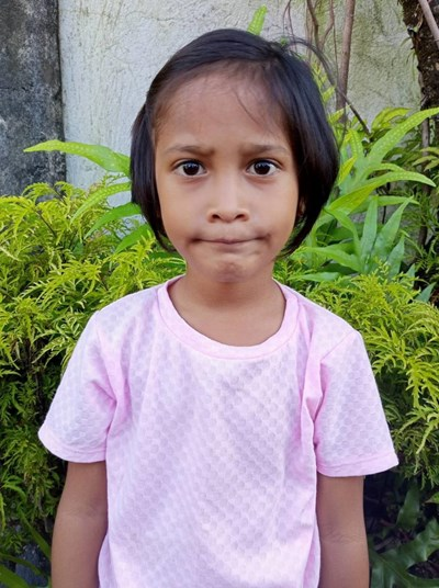 Help Jhoan Ll. by becoming a child sponsor. Sponsoring a child is a rewarding and heartwarming experience.