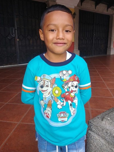 Help Ederson Andres by becoming a child sponsor. Sponsoring a child is a rewarding and heartwarming experience.