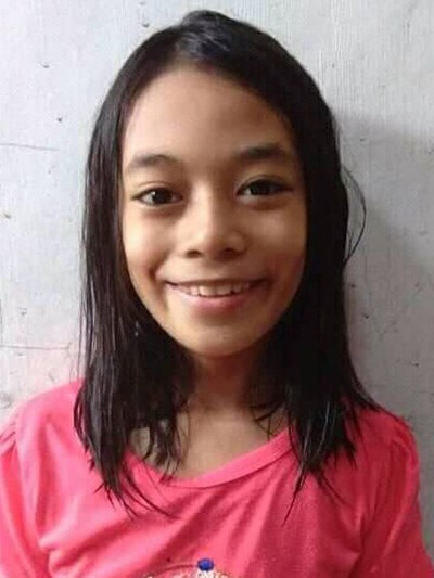 Help Janna M. by becoming a child sponsor. Sponsoring a child is a rewarding and heartwarming experience.