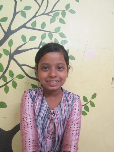 Help Tiyasa by becoming a child sponsor. Sponsoring a child is a rewarding and heartwarming experience.