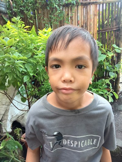 Help Thaddeus by becoming a child sponsor. Sponsoring a child is a rewarding and heartwarming experience.