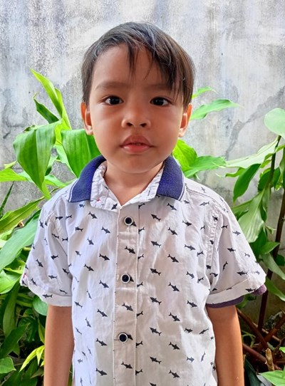 Help Aljhon Luis D. by becoming a child sponsor. Sponsoring a child is a rewarding and heartwarming experience.