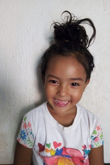 Help Evelyn Michel by becoming a child sponsor. Sponsoring a child is a rewarding and heartwarming experience.
