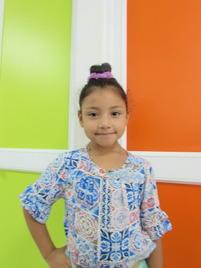 Help Saralee by becoming a child sponsor. Sponsoring a child is a rewarding and heartwarming experience.