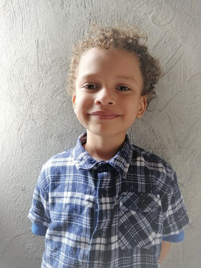 Help Eduardo Diddier by becoming a child sponsor. Sponsoring a child is a rewarding and heartwarming experience.