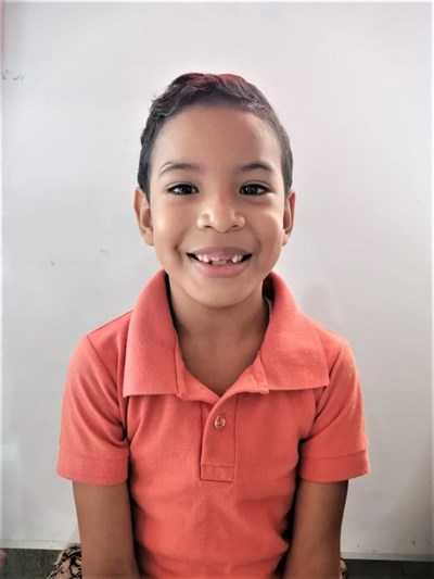 Help Ian Derek by becoming a child sponsor. Sponsoring a child is a rewarding and heartwarming experience.