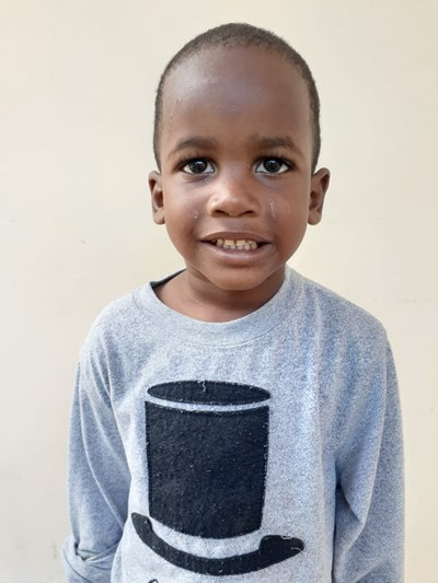 Help Tomy by becoming a child sponsor. Sponsoring a child is a rewarding and heartwarming experience.