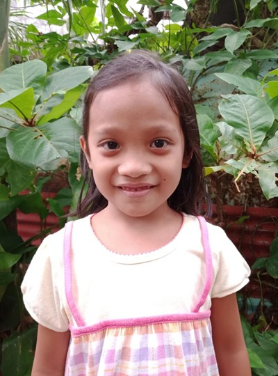 Help Janelle Grace B. by becoming a child sponsor. Sponsoring a child is a rewarding and heartwarming experience.