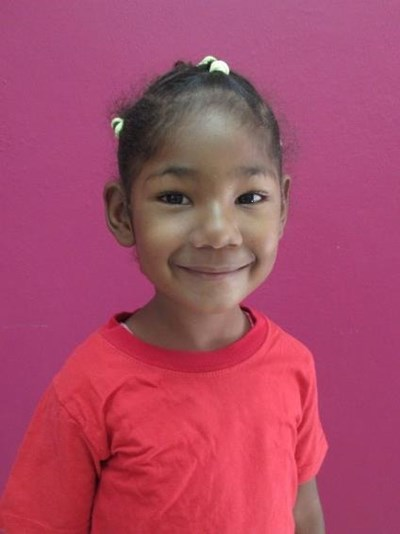 Help Darlin Shannel by becoming a child sponsor. Sponsoring a child is a rewarding and heartwarming experience.