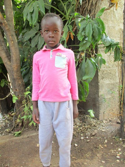 Help Luwiza by becoming a child sponsor. Sponsoring a child is a rewarding and heartwarming experience.