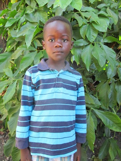 Help Newton by becoming a child sponsor. Sponsoring a child is a rewarding and heartwarming experience.