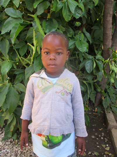 Help Andrew Jimmy by becoming a child sponsor. Sponsoring a child is a rewarding and heartwarming experience.