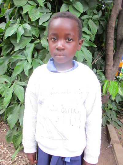 Help Tina Chikumbuso by becoming a child sponsor. Sponsoring a child is a rewarding and heartwarming experience.
