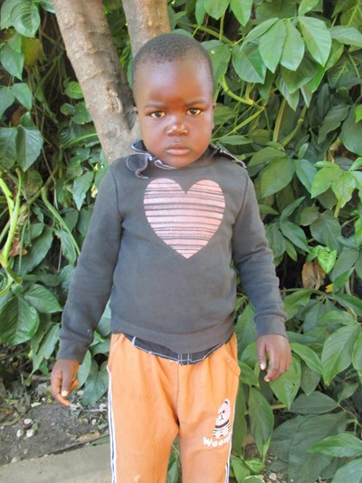 Help Nathan by becoming a child sponsor. Sponsoring a child is a rewarding and heartwarming experience.