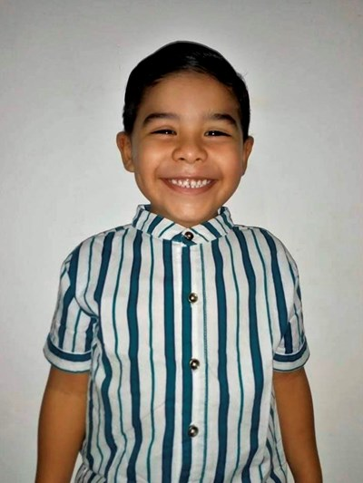 Help Esteban by becoming a child sponsor. Sponsoring a child is a rewarding and heartwarming experience.