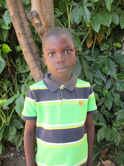 Help Ephriam by becoming a child sponsor. Sponsoring a child is a rewarding and heartwarming experience.