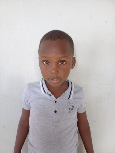 Help Albert Elian by becoming a child sponsor. Sponsoring a child is a rewarding and heartwarming experience.