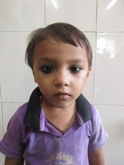 Help Mahi by becoming a child sponsor. Sponsoring a child is a rewarding and heartwarming experience.