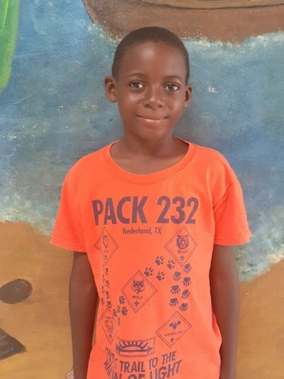 Help Yimel by becoming a child sponsor. Sponsoring a child is a rewarding and heartwarming experience.