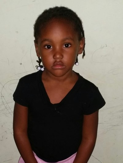 Help Karolyn Jael by becoming a child sponsor. Sponsoring a child is a rewarding and heartwarming experience.
