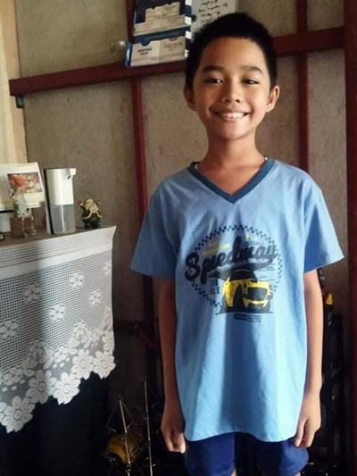 Help James Andrei I. by becoming a child sponsor. Sponsoring a child is a rewarding and heartwarming experience.