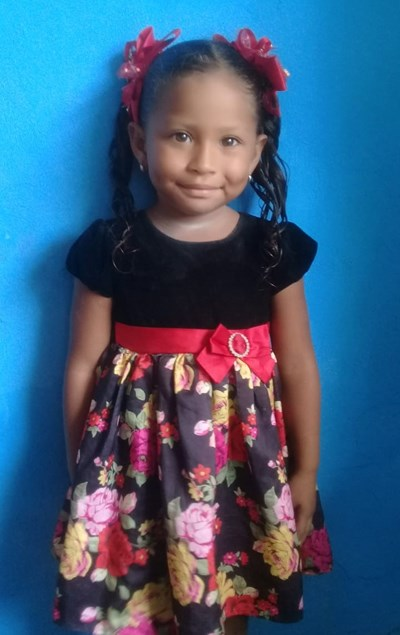 Help Milagro Andrea by becoming a child sponsor. Sponsoring a child is a rewarding and heartwarming experience.
