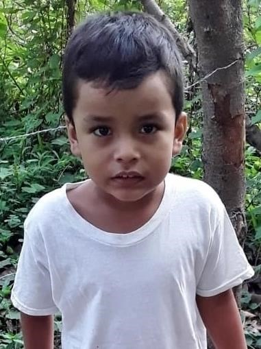 Help Dereck Geovanny by becoming a child sponsor. Sponsoring a child is a rewarding and heartwarming experience.