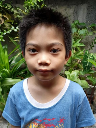 Help Carl Jansen R. by becoming a child sponsor. Sponsoring a child is a rewarding and heartwarming experience.
