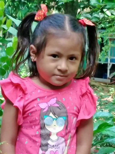 Help Kateryn Vanesa by becoming a child sponsor. Sponsoring a child is a rewarding and heartwarming experience.