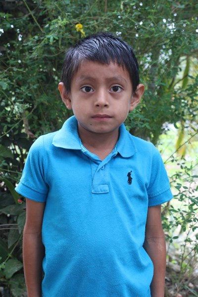 Help Erick Josue by becoming a child sponsor. Sponsoring a child is a rewarding and heartwarming experience.