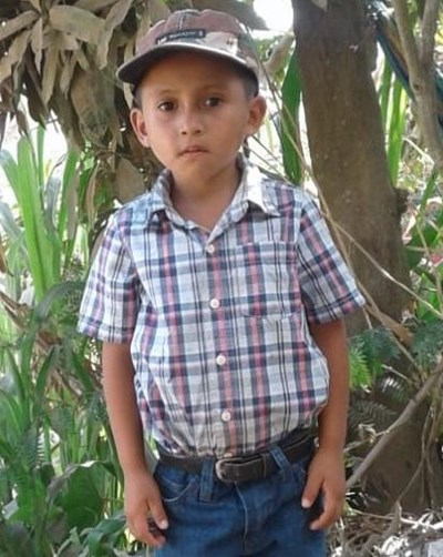 Help Olbin Marel by becoming a child sponsor. Sponsoring a child is a rewarding and heartwarming experience.