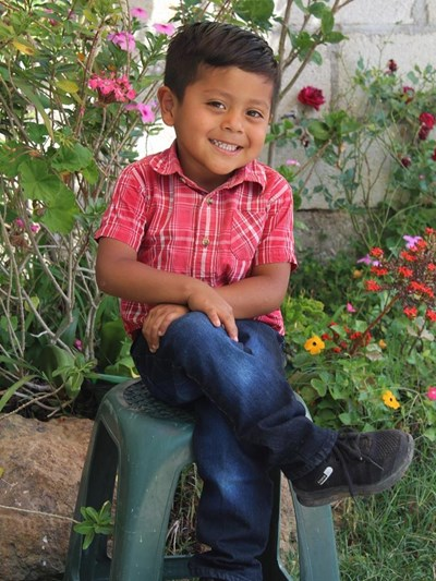 Help Kevin Isau by becoming a child sponsor. Sponsoring a child is a rewarding and heartwarming experience.