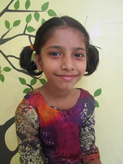Help Sonia by becoming a child sponsor. Sponsoring a child is a rewarding and heartwarming experience.