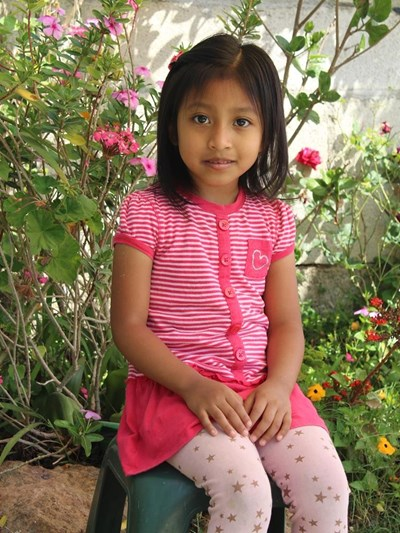 Help Genesis Yanira by becoming a child sponsor. Sponsoring a child is a rewarding and heartwarming experience.