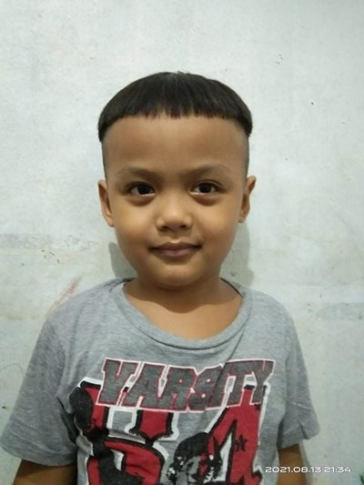 Help Melvin A. by becoming a child sponsor. Sponsoring a child is a rewarding and heartwarming experience.