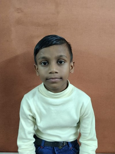 Help Faiyaz by becoming a child sponsor. Sponsoring a child is a rewarding and heartwarming experience.