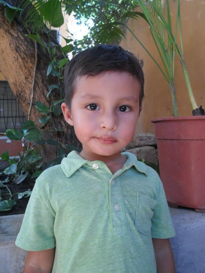 Help Rony Maikel by becoming a child sponsor. Sponsoring a child is a rewarding and heartwarming experience.