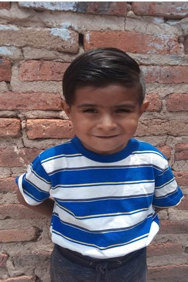 Help Dorían Isaac by becoming a child sponsor. Sponsoring a child is a rewarding and heartwarming experience.
