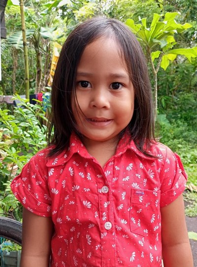 Help Daniela L. by becoming a child sponsor. Sponsoring a child is a rewarding and heartwarming experience.