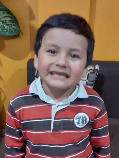 Help Jared Santiago by becoming a child sponsor. Sponsoring a child is a rewarding and heartwarming experience.