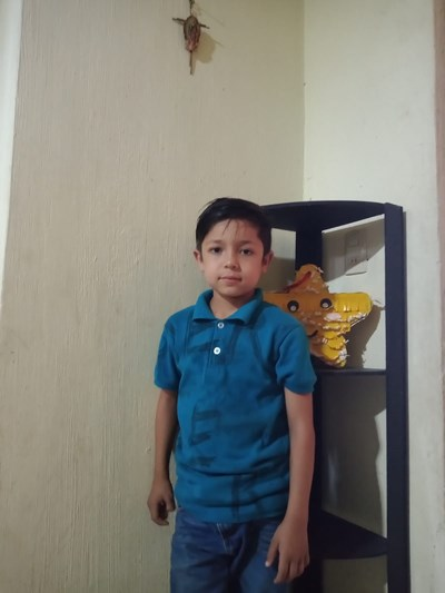 Help Mateo Azael by becoming a child sponsor. Sponsoring a child is a rewarding and heartwarming experience.