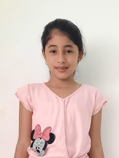 Help Daniela Mayte by becoming a child sponsor. Sponsoring a child is a rewarding and heartwarming experience.