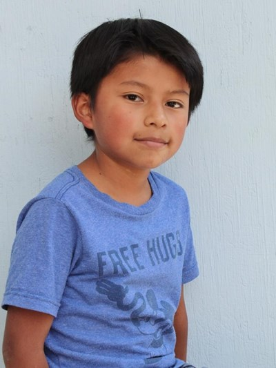 Help Eduardo Benjamin by becoming a child sponsor. Sponsoring a child is a rewarding and heartwarming experience.