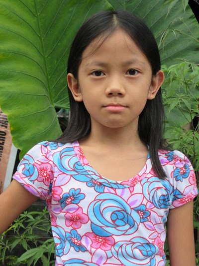 Help Winnielyn B. by becoming a child sponsor. Sponsoring a child is a rewarding and heartwarming experience.