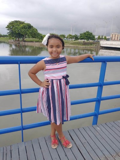 Help Mirna Sofia by becoming a child sponsor. Sponsoring a child is a rewarding and heartwarming experience.